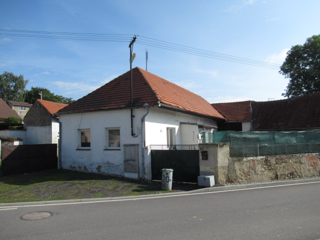 EXE_Rodinný dům v k. ú. Osek u Radomyšle, obec Osek, okres Strakonice