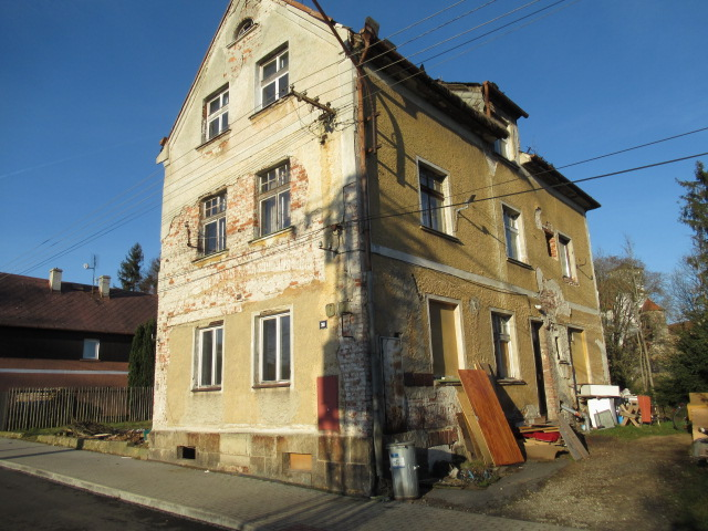 EXE_Byt (podíl bytovného domu) v obci Hazlov, okres Cheb