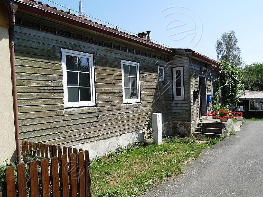Byt 2+1 v obci Heřmanova Huť, část obce Vlkýš, okres Plzeň-sever